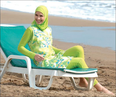 Site Blogspot  Nursing Dress on Muslim Fashion  Sporty Hibaji   Beach Hijabi