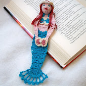Mermaid Reading Character Crochet bookmark PDF Pattern