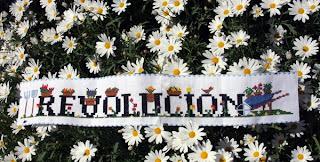 revolucion punto de cruz margaritas flores