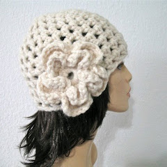 Romantic Flower Hat in Winter White