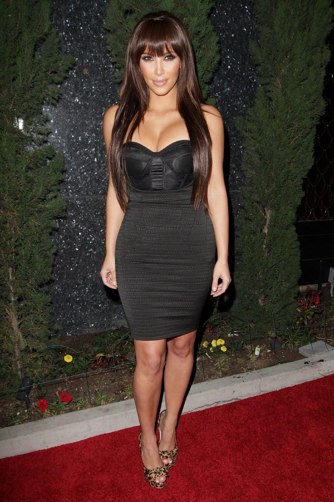 http://3.bp.blogspot.com/_DmEKD5OiTgU/TLPZaGhEyOI/AAAAAAAACkM/LQ6u1Zrfoms/s1600/Kim+Kardashian+03.jpg