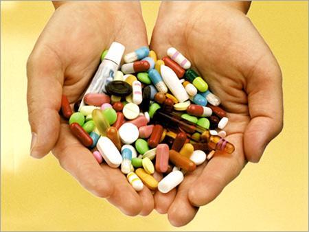 http://3.bp.blogspot.com/_DnmjuQRMFfc/S60CEiBB-jI/AAAAAAAABxE/2QKnHuBEGvc/s1600/medicines3.jpg