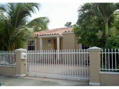 Casa en Short Sales cerca de Coral Gables en Miami