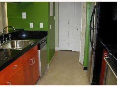 Cocina de Apartamento en Hammocks en Miami - Royal Palm