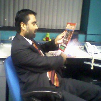 मीडिया मंत्र पढ़ते पत्रकार दीपक चौरसिया
