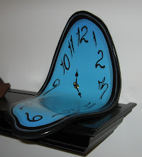 Molded Mantel Clock