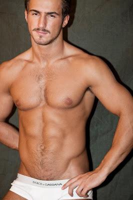 Hombre Musculoso, Tarik