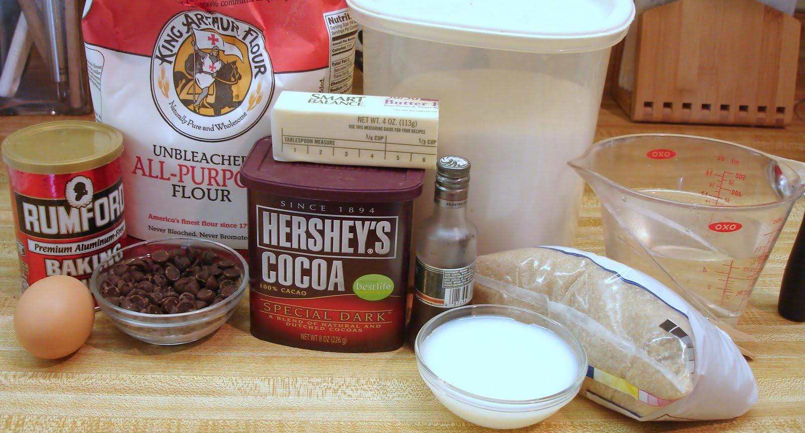 Sunshine Mom: Slow Cooker Chocolate Cake