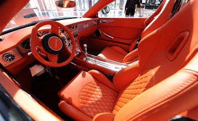 2010 Spyker C8 Aileron Dashboard