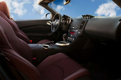 2010 Nissan 370Z Roadster Interior