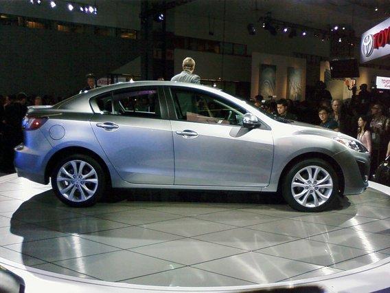 Mazda 3 Sport 2008. 2010 Mazda MAZDA3 Side View