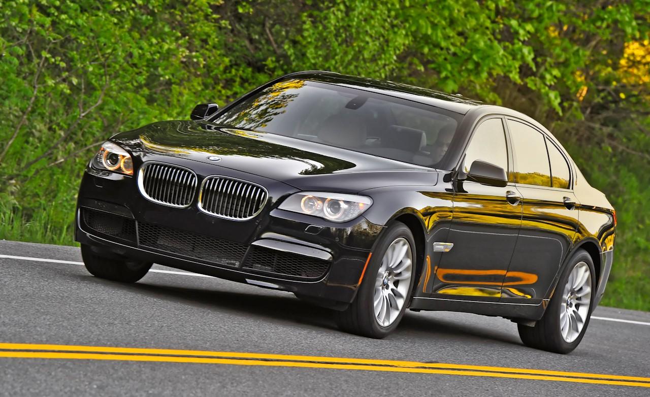 http://3.bp.blogspot.com/_DuVAMk2Fqnw/TMKxdpyU-1I/AAAAAAAABZ0/ZXOdwFUPozU/s1600/2011+BMW+740i+Front+Angle+View.jpg