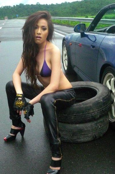 christine reyes sexy bikini 08