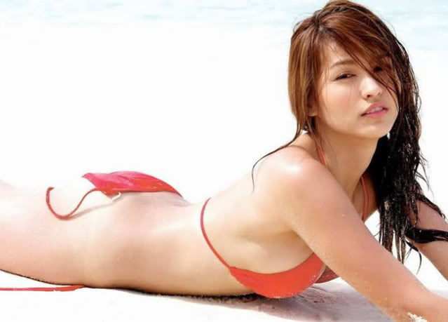 sexy asians in bikini 04