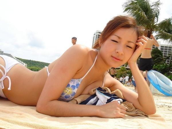 asians in bikini photos 04
