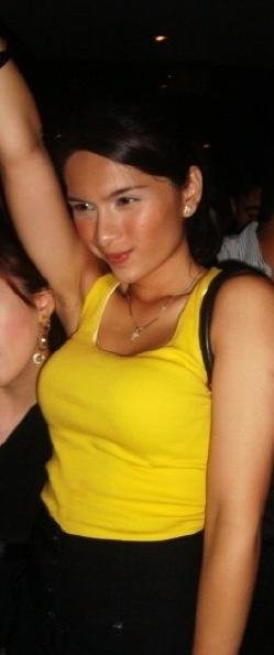 pauleen luna beach photos 07