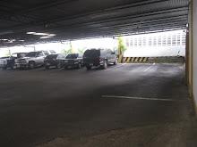 Amplios estacionamientos