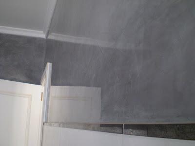 Pintura decoraci n orellana estuco gris oscuro en cuarto for Estuco para banos