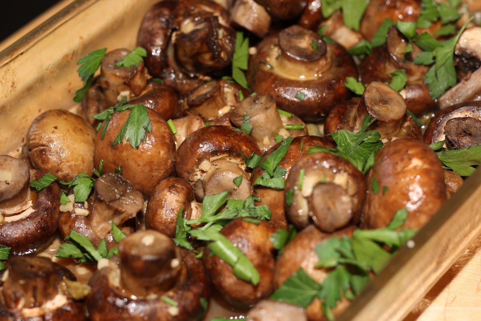 The Bitchin' Kitchin': Garlic Butter Roasted Mushrooms