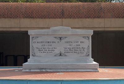 Williams Gate Coretta Scott King Gravesite At The Martin Luther