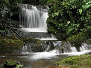 cachoeira em Penedo, RJ