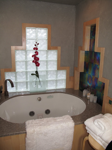 one great thing about glass block is that it can change in color slightly depending on the outside lighting and in this design that change in color was - Bathroom Designs Using Glass Blocks