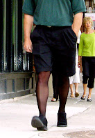 Men's tights contribute to a masculine-looking outfit