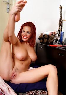 Nikki Cox Fake Nude