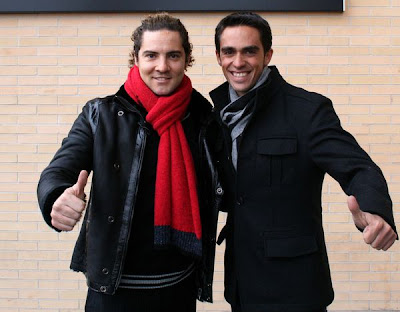 ¿Cuánto mide David Bisbal? - Altura real: 1,73 - Real height David_bisbal_y_alberto_contador