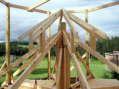 The secondary trusses are done.