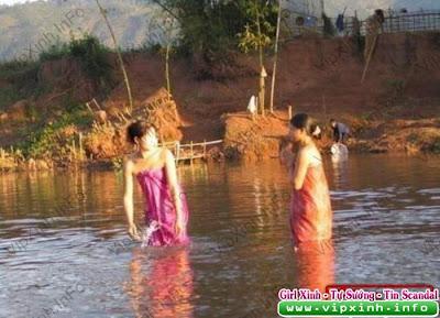 1009071615e9be5d7d2d40f700 Chụp lén thôn nữ tắm sông