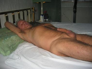 ayo daddy, maukah kau ku ajak tidur siang