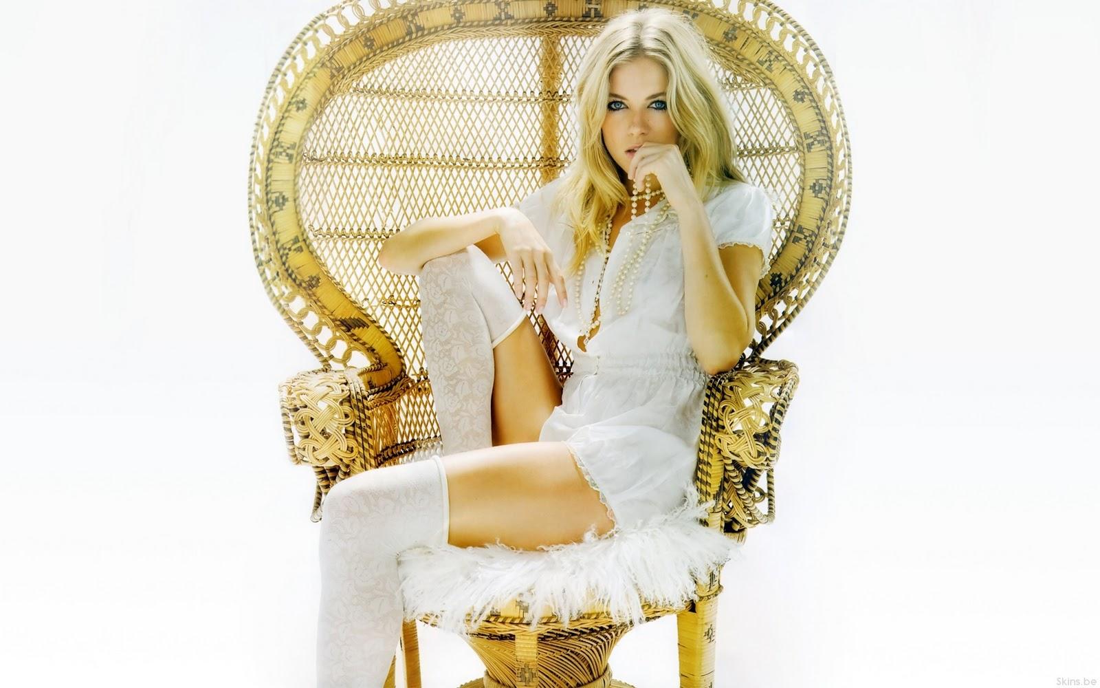 http://3.bp.blogspot.com/_E4MvgSbA7Ss/TRpQQ7kBwZI/AAAAAAAAAZ4/F1tyGhpaRnw/s1600/Sienna_Miller.jpg