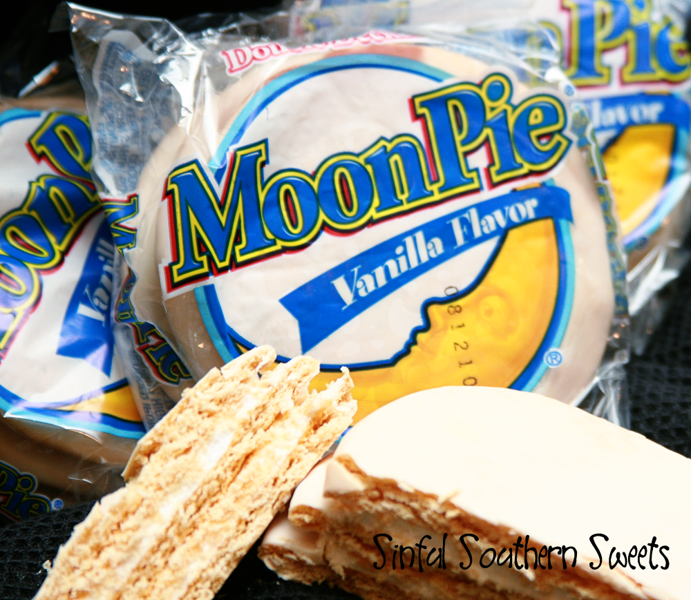 Sinful Southern Sweets: Southern as Scarlet O~ MoonPie Chess Bars