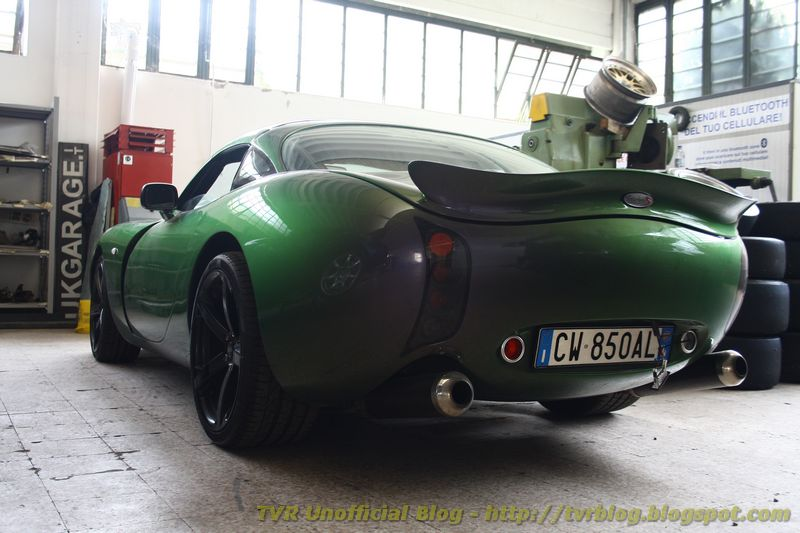 Late TVR Tuscan MK1s gained the same suspension mounting points as the