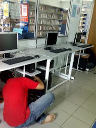 Kemudahan komputer di PPIK Desa Kuang
