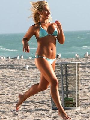 brooke hogan bikini picture
