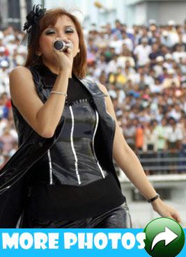 Jenny Perform At MNL Grand Royal 2009 Opening In Mandalay