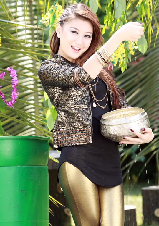 Wit+Mone+Shwe+Yi ... shwe yi myanmar model wutt hmone shwe yi with ...