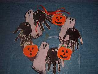 Halloween Craft Ideasyear Olds on My 2 1 2 Year Old Daughter Made This Halloween Craft This Past Week We