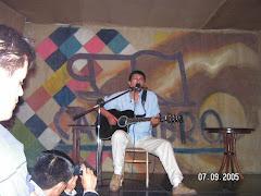 Visita de Alejandro Filio a Quito, 2005.