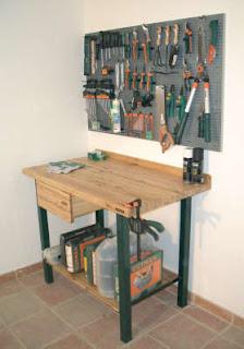 Manualidades infantiles banco de trabajo del carpintero for Mesa de carpintero