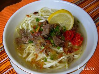 mie kocok cirebon masakan indonesia