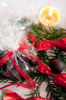 Bomboane de ciocolata cu umplutura de migdale