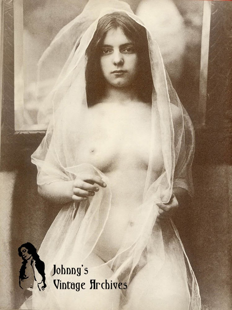 Vintage young woman nude