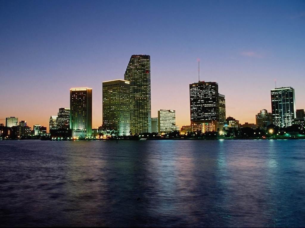 http://3.bp.blogspot.com/_EAViqbzwc_s/TJMRUvnDGFI/AAAAAAAAAmM/B_WyMyc50uo/s1600/city-wallpaper-1.jpg