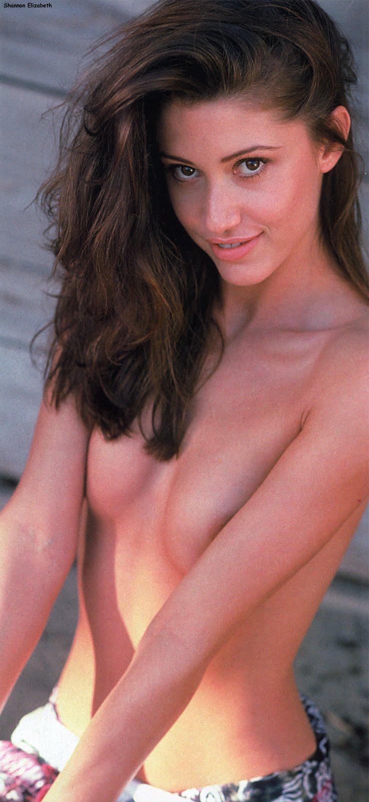 http://3.bp.blogspot.com/_EDFqmuHfAF0/SsGKsrTNUjI/AAAAAAAACpU/0XDa0kIzO_Q/s1600/Shannon+Elizabeth-111.jpg