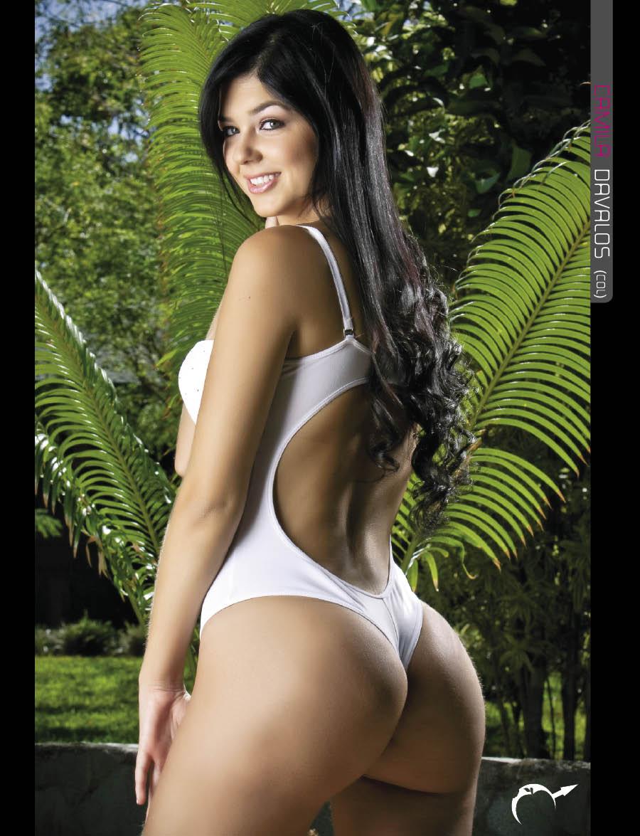 gemelas desnuda:
