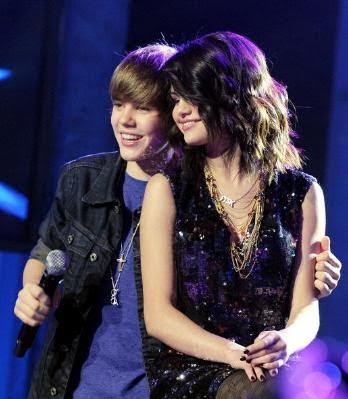 fotos de justin bieber y selena gomez. Selena Gómez y Justin Bieber