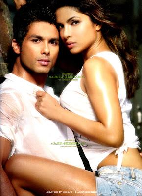 Priyanka chopra, Shahid's Hot photo shut on Cineblitzs picture